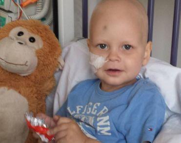 Ernstig zieke Alexander (2) ten Brinke overleden