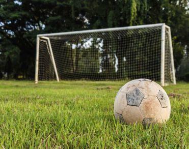 AGOVV-icoon Sietze de Vries (78) overleden