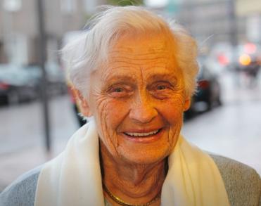 Carnavalsmoeder Jo van Lierop (93) uit Helmond overleden