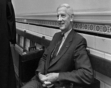 Oud-minister Berend Jan Udink overleden