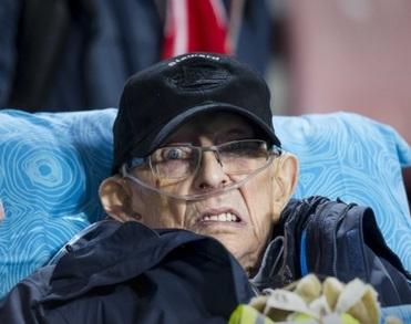 Bekende PSV-steward Piet Adriaans (88) overleden