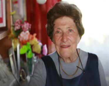 Auschwitz-overlevende Bloeme Evers - Emden (89) overleden