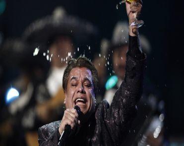 Mexicaanse zanger Juan Gabriel (66) overleden