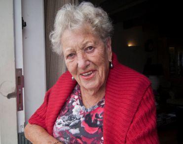 Moeder van Joop Braakhekke overleden