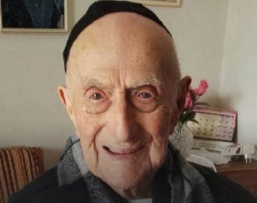 Holocaustoverlever (113) overlijdt als oudste man ter wereld