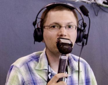 Radiocommentator Bob van der Tak (38) overleden