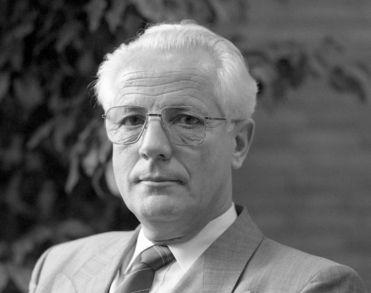 Oud-burgemeester van Boekel, Koos Pompen, overleden