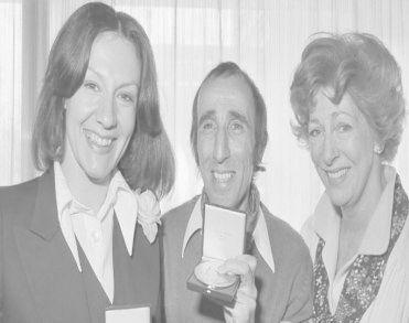 Acteur en toneelregisseur Peter van der Linden (95) overleden