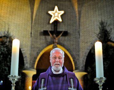 Pastor Michiel Zeinstra uit Rossum overleden