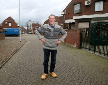 George Büttner, 'burgemeester' van Doetinchemse volkswijk Kleintjeskamp, overleden