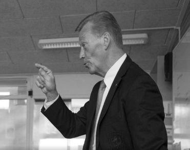 Oud Go Ahead Eagles-doelman Henny Ardesch (76) plotseling overleden