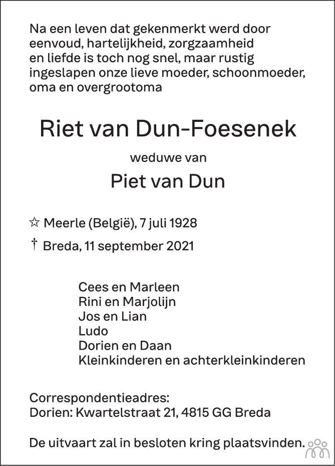 Overlijdensbericht van Riet van Dun-Foesenek in BN DeStem